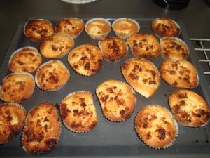 Äppelmuffins m kokostopping (2)