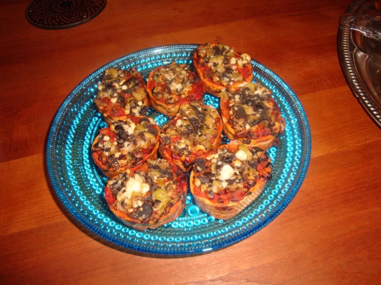 Bruschetta med torkade tomater och fetaost (färdigköpta)
