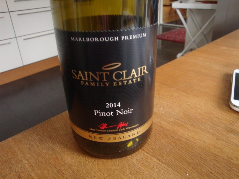 Vin till örtfylld kalkonrulle med rödbetor