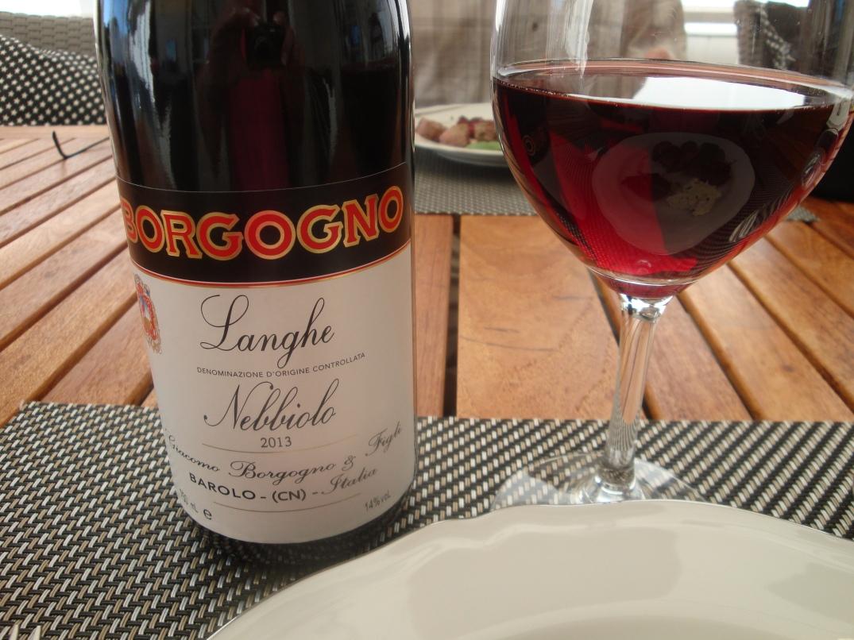 Vin till lammfile med rödbetsbiffar och fetaostcréme