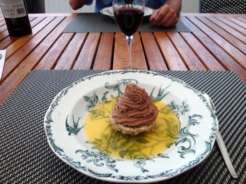 Chokladmousse på mandelbotten i apelsingelé (3)