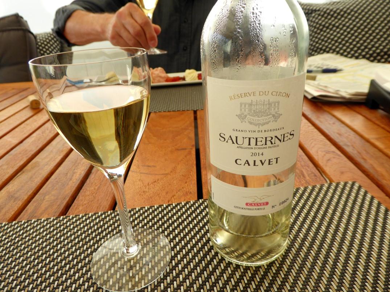 Vin till rabarber med vit choklad- och mascarponemousse