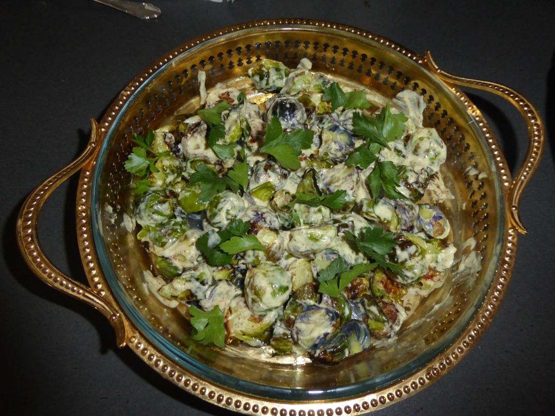 Rostad brysselkål med nötter och ost (2)